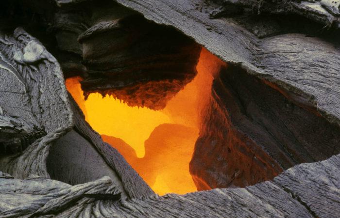 J Jacobi USGS - Mauna Ulu Lava Tube 1972